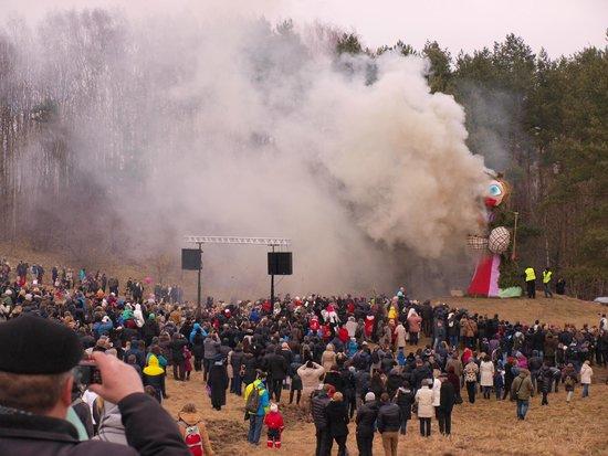Rumsiskes Open-Air Museum: Užgavėnės - pancake day