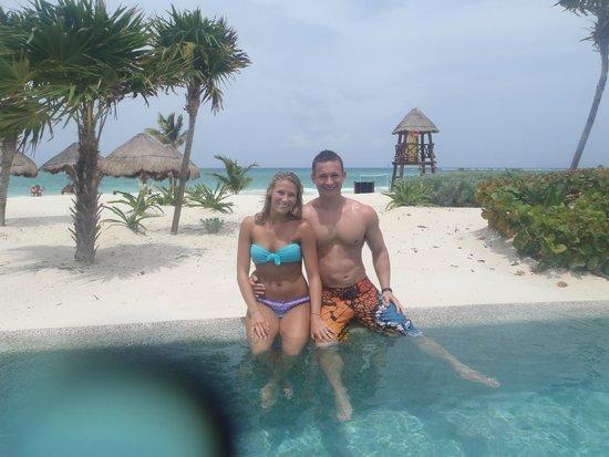 Secrets Maroma Beach Riviera Cancun: Pool and Beach Background