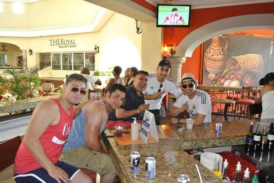 The Royal Playa del Carmen: bar