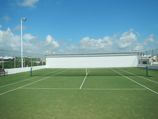 The Royal Playa del Carmen: tennis courts