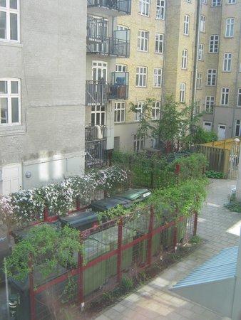Copenhagen Star Hotel : Nice view of the courtyard