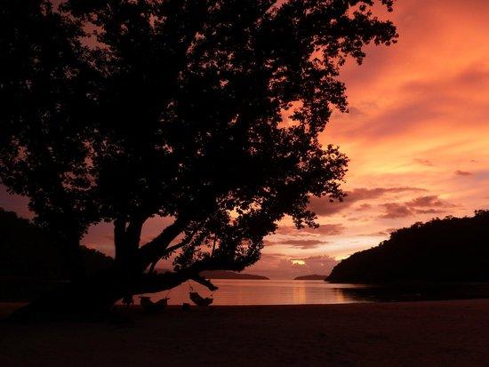 Secret Paradise Resort & Turtle Sanctuary : Sunset