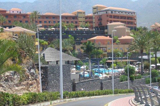 Entrada picture of melia jardines del teide costa adeje for Jardines del teide tenerife