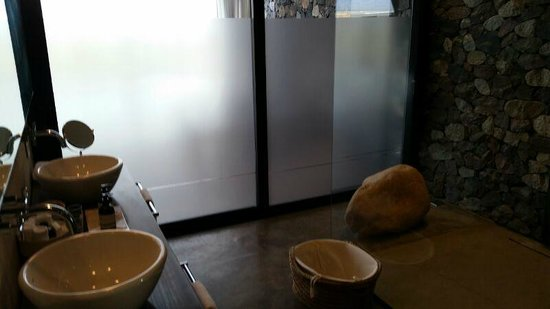 The Vines Resort & Spa: Banheiro