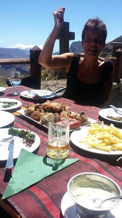 La Cilla Artenara: Kød en masse lige til at sætte gaflen i...