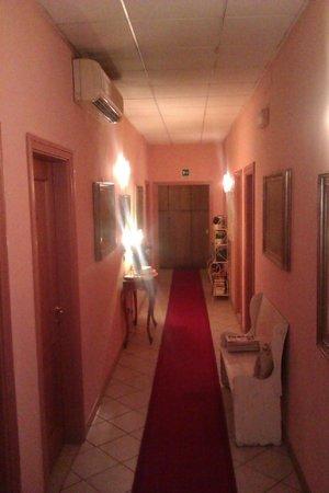 Residenza Manzoni: Pasillo