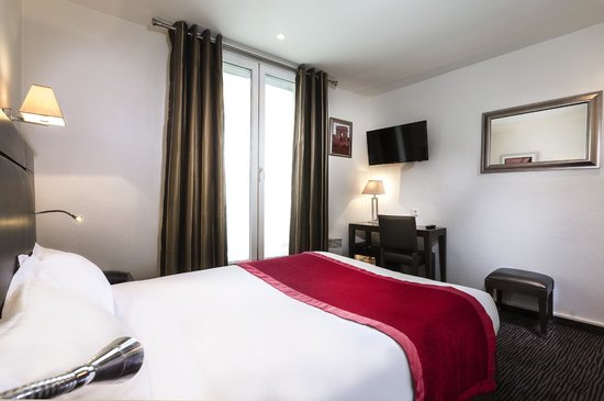 Hotel Elysees Flaubert : Room