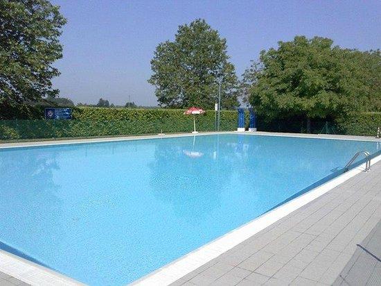 Green Camping Altanea : piscina1