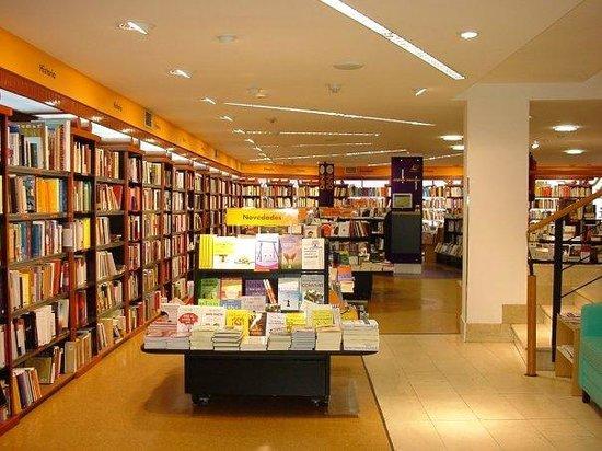 Libreria cervantes foto de libreria cervantes oviedo tripadvisor - Libreria cervantes torrelavega ...