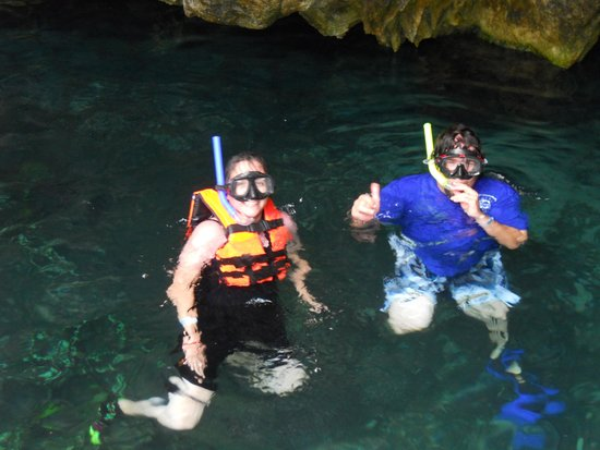 Mormon Encounter LDS Tours : Snorkeling in the Grand Cenote