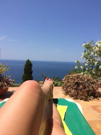 Hotel Sa Baronia: Sunbathing at Sa Baronia