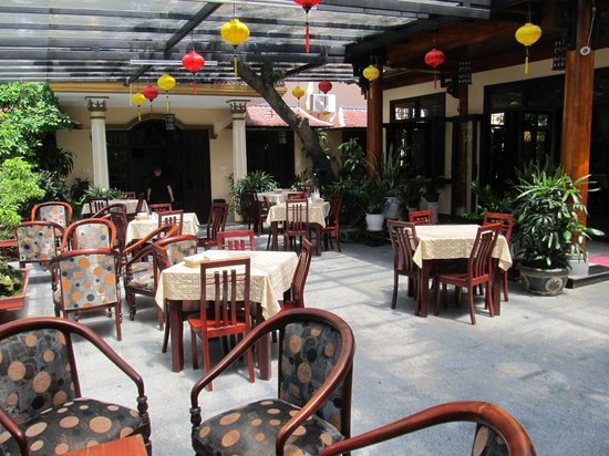 Huy Hoang Garden Hotel : Breakfast and eating area