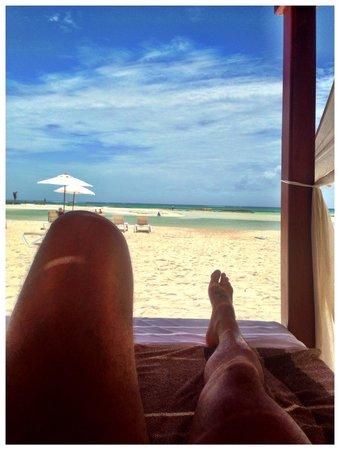 El Dorado Maroma, a Beachfront Resort, by Karisma : Relax en las balinesas