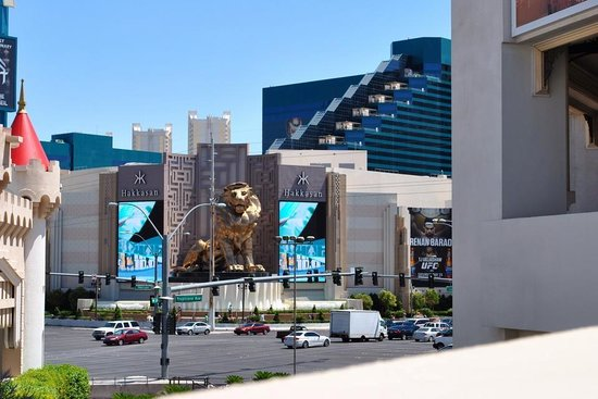 MGM Grand Hotel and Casino: Our Hotel MGM