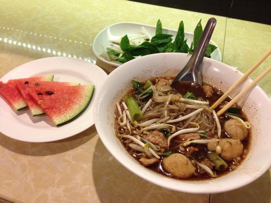 Ao Nang Boat Noodle: Boat noodle with pork - interesting experience!