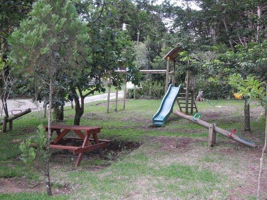 Los Pinos - Cabanas y Jardines : Playground right near cabin #2