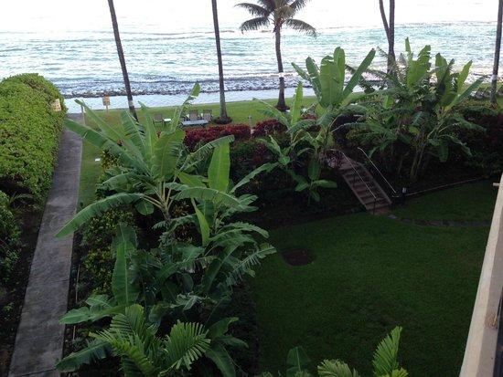 Paki Maui Resort : Beach view from room