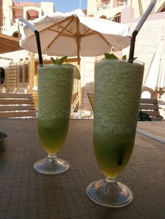 Marina Plaza Hotel Tala Bay : Lemon with mint