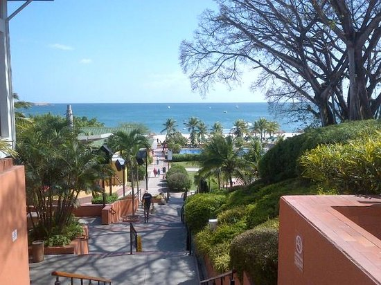 Royal Decameron Golf, Beach Resort & Villas: View from Lobby 1