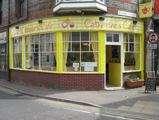 Catherines Cafe : The Big Yellow Café