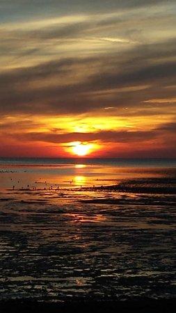 Heacham Beach Holiday Park - Park Resorts: View of the sunset from Heacham beach
