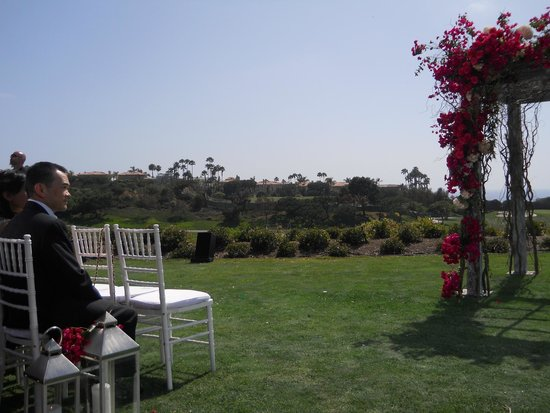 Monarch Beach Resort: Beautiful view for the wedding ceremony