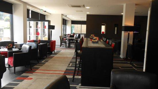 Ramada Encore Newcastle-Gateshead : Bar