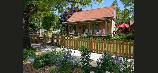 Cali Cochitta Bed & Breakfast: Historic B&B