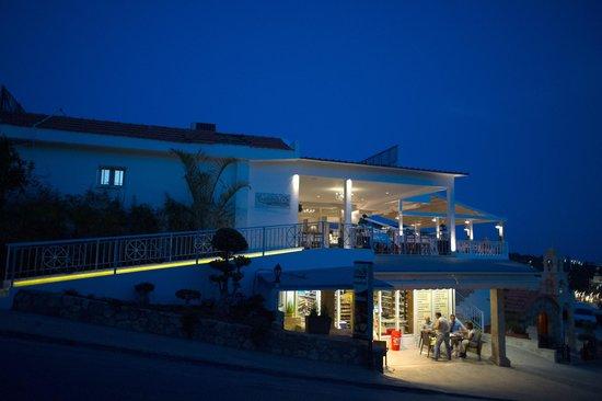 Restaurant Tsambikos: The renovated Restaurant