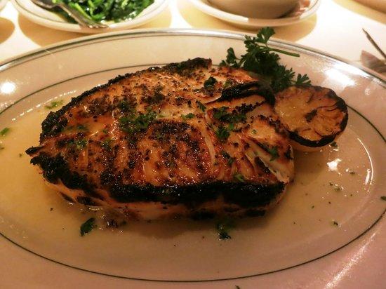 Joe's Seafood, Prime Steak & Stone Crab: Blackened Alaskan Halibut