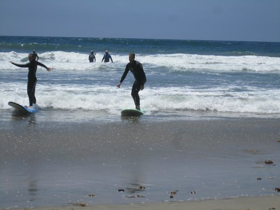 Leucadia Surf School: We rode the last wave in together