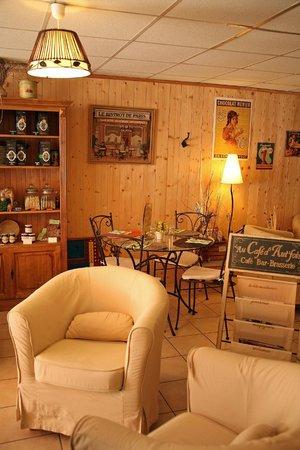 Café douceur : l'intérieur du salon