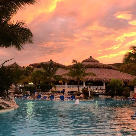 Cofresi Palm Beach & Spa Resort: Sunset