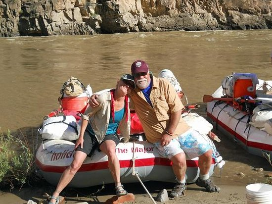 Holiday River Expeditions - Utah River Rafting : Fun with The Major