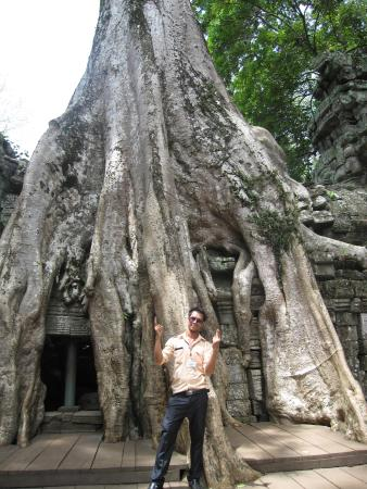 Siem Reap Private Day Tours: Rare photo of Jet.