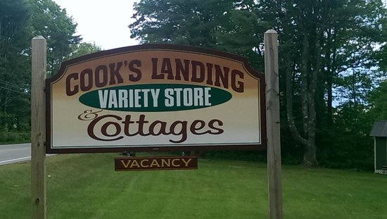Cook's Landing: Entrance on Route 27