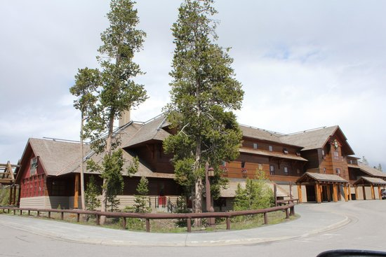 Old Faithful Snow Lodge and Cabins: Snow Lodge