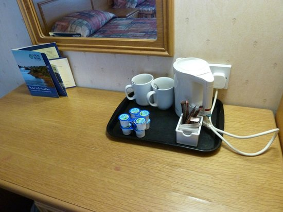 Loch Long Hotel: odd mugs, unwrapped tea bags on the tray