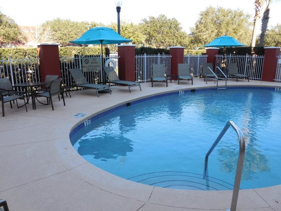 Comfort Suites The Villages: Pool Deck