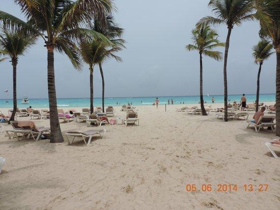 Hotel Riu Palace Mexico: The Beach