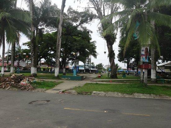 Hostel Heike: Plaza frente al hostel