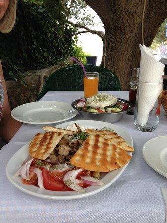 Paradisos Hotel : Mmm