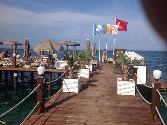 Alkoclar Exclusive Kemer: on the beach
