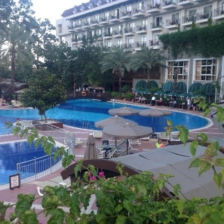 Alkoclar Exclusive Kemer: big swimming pool