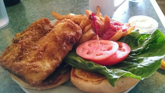 Freeport Cafe: Haddock sandwich and French fries