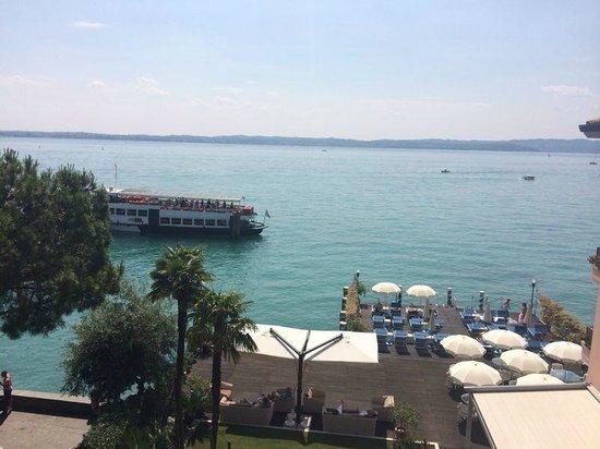 Eden Hotel: Uitzicht vanaf het balkon