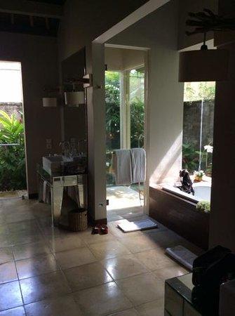 Pantai Lima Villas : salle de bain