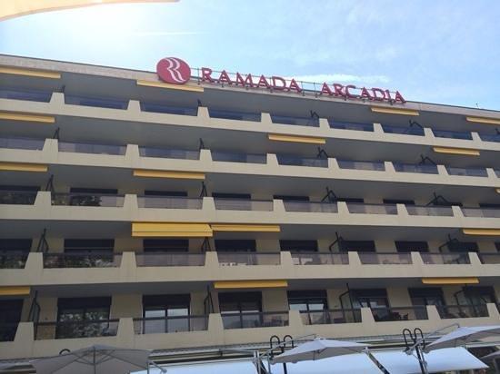 H4 Hotel Arcadia Locarno: front