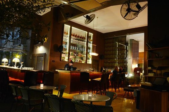 Brown TLV Urban Hotel: Hotel's bar
