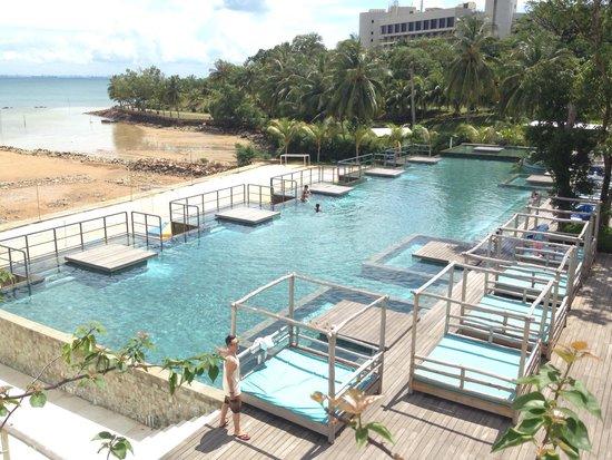 Montigo Resorts Nongsa: A pool you can't resist!